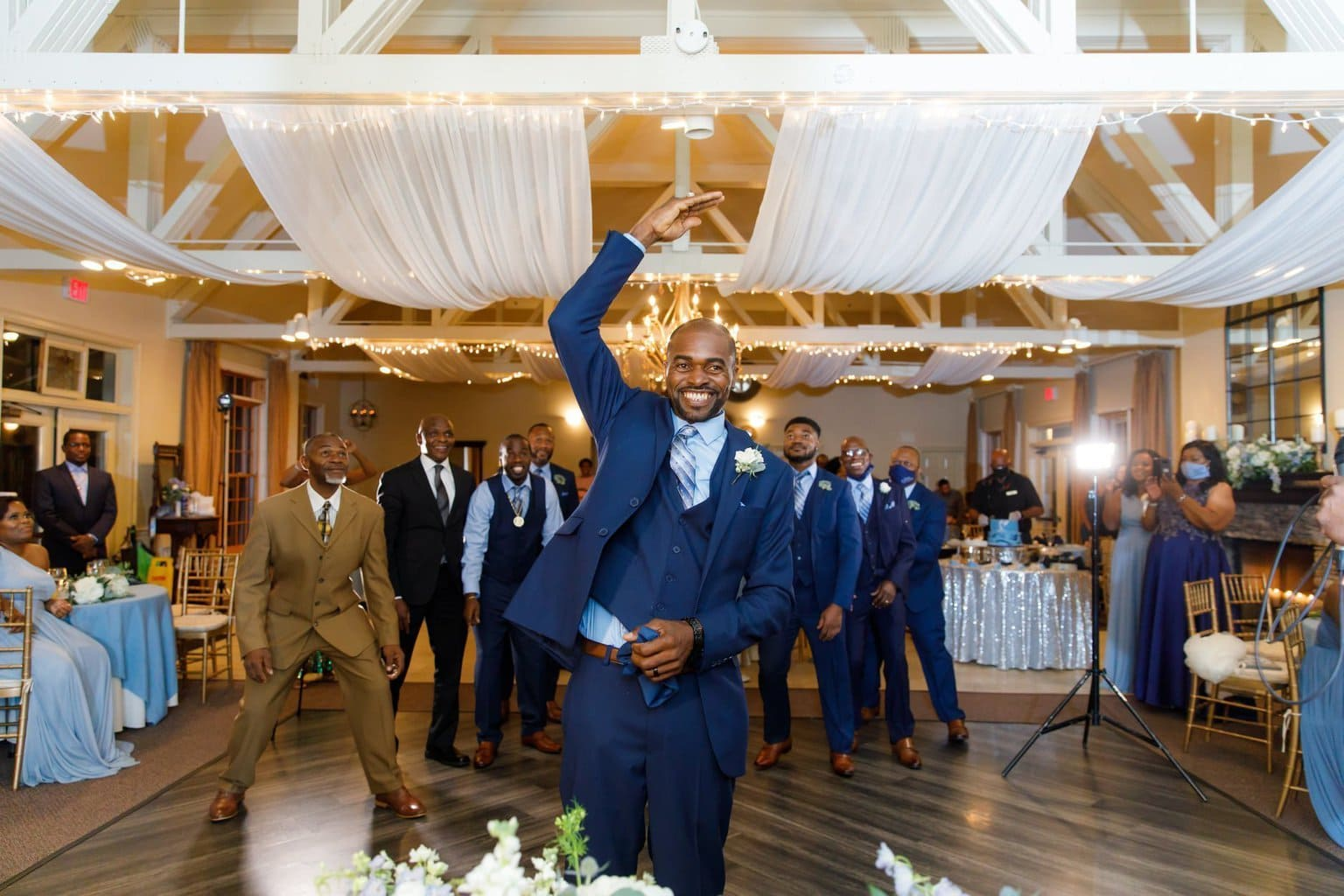Guarder toss during reception
