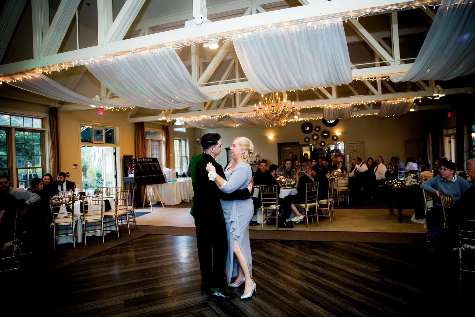 Mother and Son first dance wedding reception Vecoma at the Yellow River